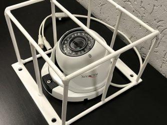 Защита видеокамеры от вандалов