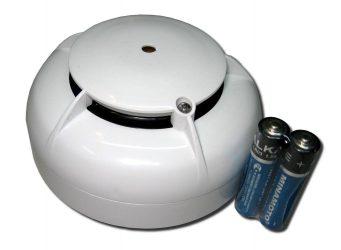 Датчик пожарной сигнализации дымовой на батарейках