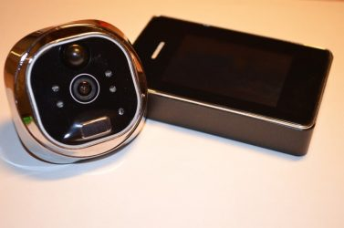 Видеоглазок с функцией записи и датчиком движения