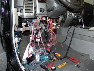Как установить сигнализацию на машину?